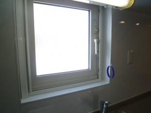 施工後キッチン・窓