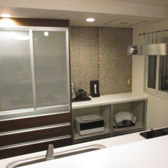 LIXIL『リシェルSI』シリーズ食器棚設置+インテリアタイルでお洒落なキッチン!札幌市