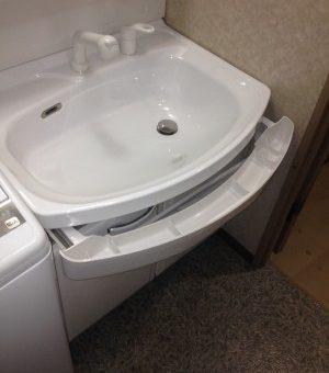 充実の収納と納得に価格帯 タカラ ホーロー洗面化粧台「オンディーヌ」へ 札幌市
