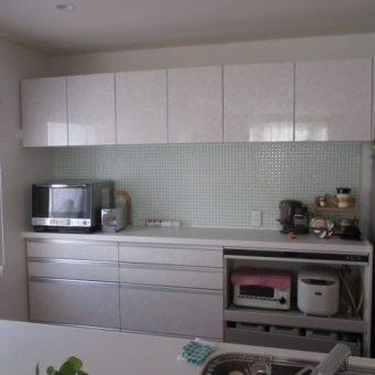 札幌市戸建住宅2階リノベーション 食器棚LIXILインテリアモザイク施工事例