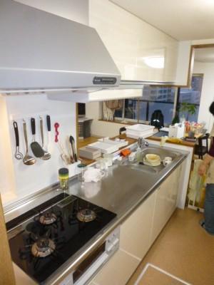 施工後キッチン ホーロークリーンキッチンパネル