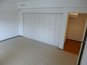 洋室2部屋を大きな1部屋にリノベーション 札幌市 裏参道