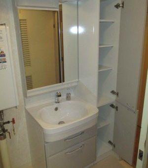 洗面間口60㎝へ縮小し、オーダートールキャビネットをプラス!札幌市
