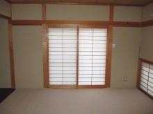 施工前窓付近和室