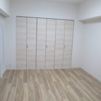カーペットフロアからフローリングへ居室内装リフォーム事例!札幌市