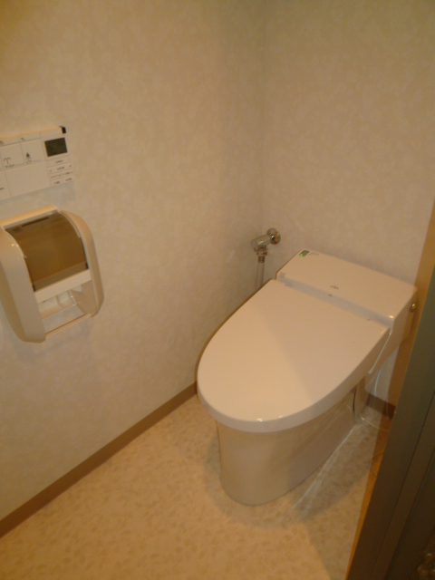 LIXIL INAX シャワートイレ一体型洋風便器のサティスS