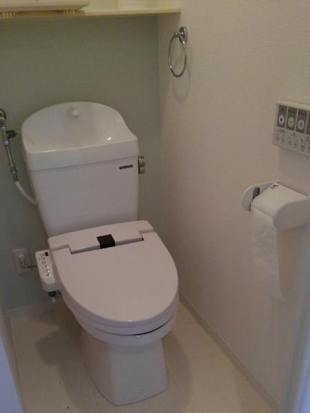 タカラスタンダードの温水洗浄付き便座『ティモニSシリーズ』