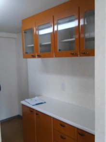 施工前食器棚