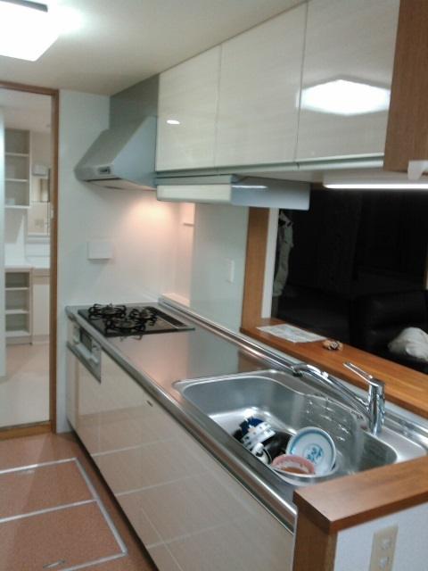 タカラスタンダードの木製システムキッチン『グレーシア(GRACIA)』