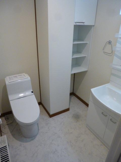 リフォーム後洗面トイレ