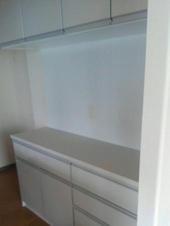 『エマージュ(EMAGE)』シリーズの食器棚