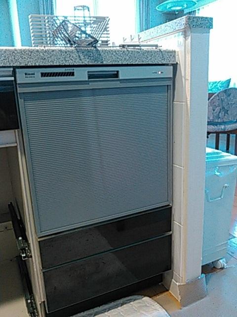 リンナイ製ビルトイン食器洗い乾燥機(品番:RKW-404A-SV)
