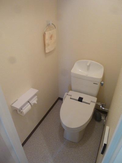 タカラスタンダードの温水洗浄暖房便座付『ティモニSシリーズ』