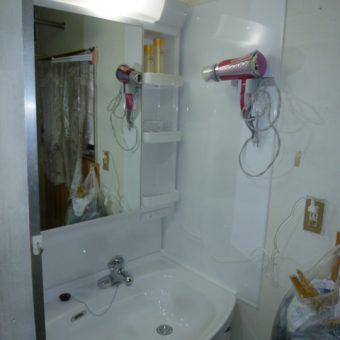 高品位ホーローでお求め易くコンパクト!!スーリアへの洗面化粧台交換 札幌市
