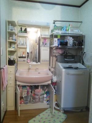 既存洗面化粧台18