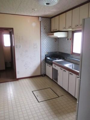既存キッチン32
