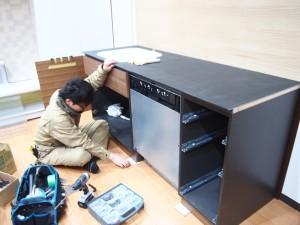 ショールーム システムキッチン取付