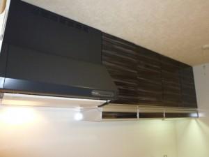 施工後キッチン 吊戸棚+アイラック収納