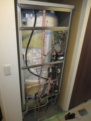 施工中電気温水器