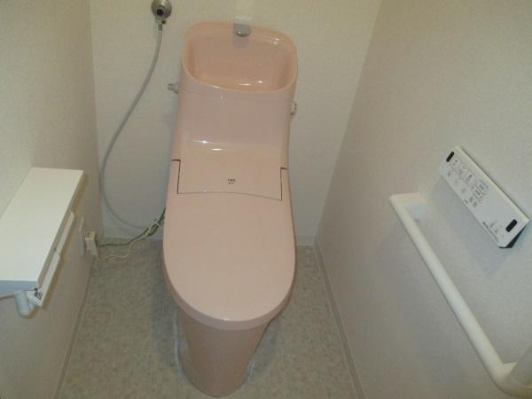 LIXILシャワートイレ一体型『アメージュZAシャワートイレリトイレ』
