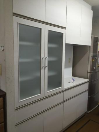 新規食器棚
