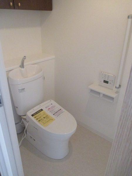 TOTO床置床排水大便器ピュアレストEX(手洗器付き)+ウォッシュレットアプリコットF1A