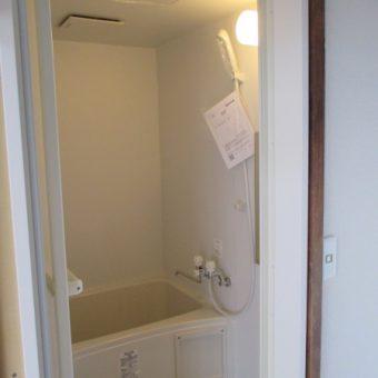 賃貸マンション在来工法浴室をユニットバスルームへ!札幌市
