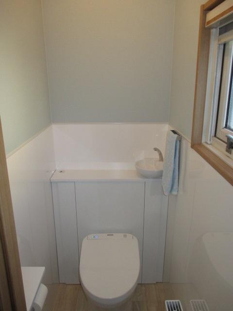 TOTOトイレ『レストパル』/床排水・I型手洗い器付き