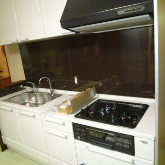 札幌市マンション システムキッチンエーデルへリフォーム