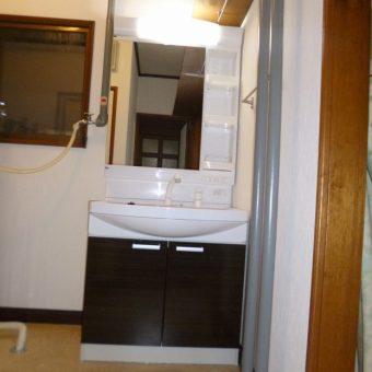タカラスタンダード木製洗面化粧台【ウィット】へ交換とクロス貼り替え 札幌市
