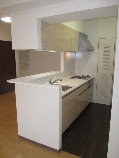タカラスタンダードのぴったりサイズ木製システムキッチン『グレーシア(GRACIA)』/I型間口240㎝タイプ
