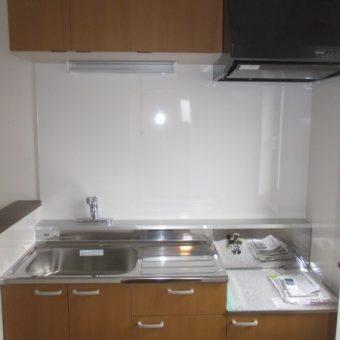 賃貸マンション、リーズナブルにリフォーム『キッチン・トイレ』!札幌市