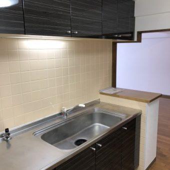 リーズナブルプチリフォームのキッチン扉交換施工事例!札幌市