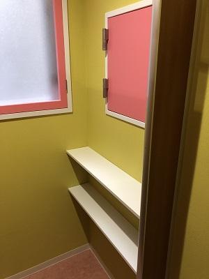 施工後 トイレ掃除用具置き場