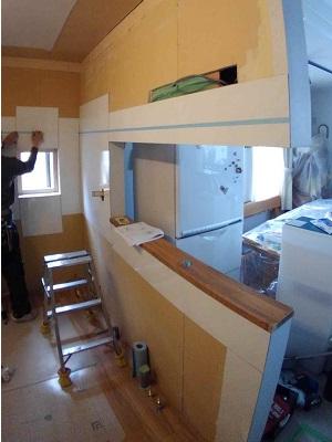 施工中 キッチン・パネル