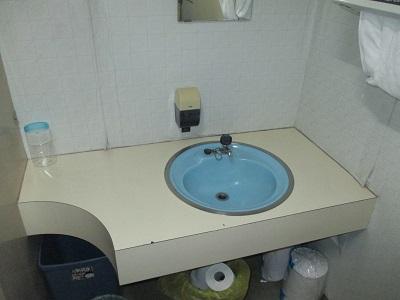 施工前 手洗いカウンター