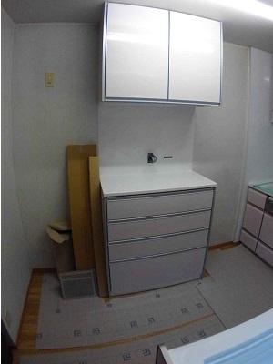 施工中 キッチン・背面収納