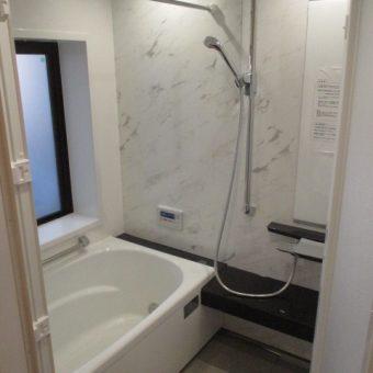 『伸びの美浴室』プレミアムタイプは浴槽までホーロー、真っ白な輝き!札幌市マンション