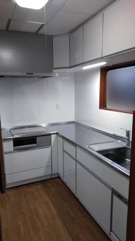 タカラ『エマージュ』L型キッチン