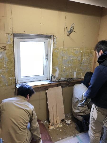2施工中キッチン2解体