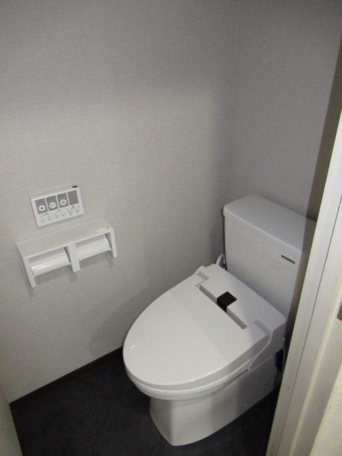 2施工後トイレ