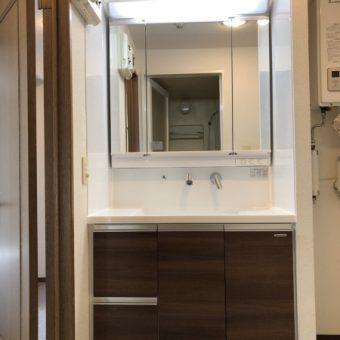 タカラスタンダード木製洗面化粧台『リフレシオ』でコスパよく!札幌市マンション