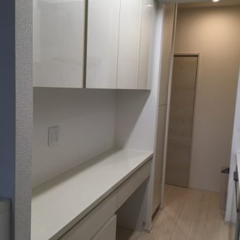 オーダー食器棚&食品庫でキッチン空間の収納量大幅アップ!札幌市マンション
