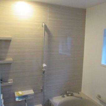 ホーロークリーン浴室パネルで壁面も有効に使えるSB!札幌市戸建