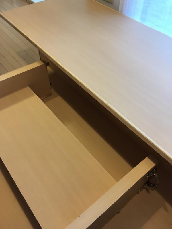 テーブル天板フラッシュ構造