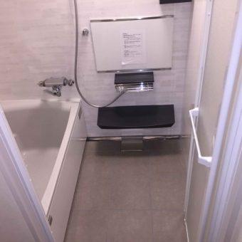 シンプルスタイリッシュな『伸びの美浴室』でカッコイイ浴室へ!札幌市マンション