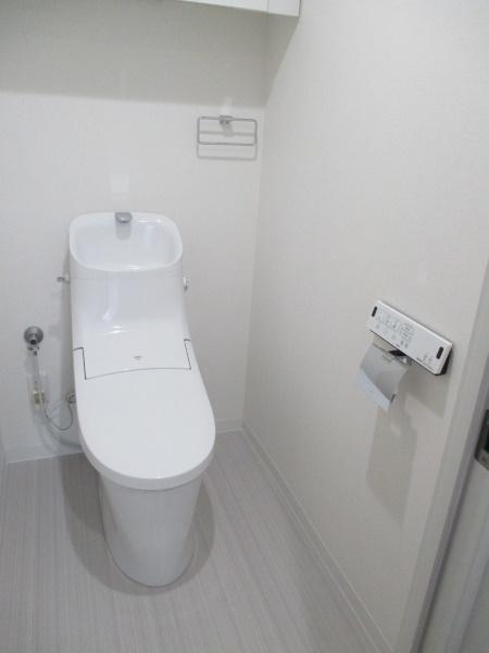 3施工後トイレ2
