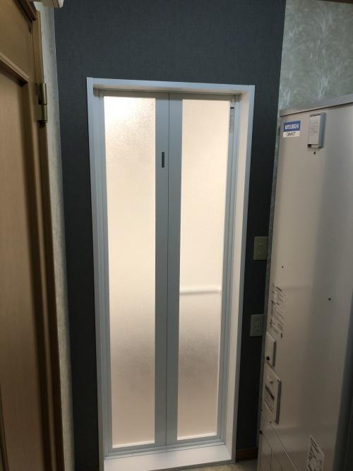 浴室ドア枠樹脂