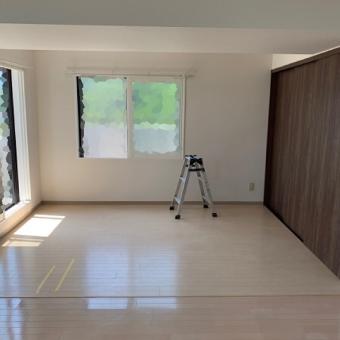 和室を洋室へチェンジ!畳をフローリングに+窓の交換も行いました!札幌市