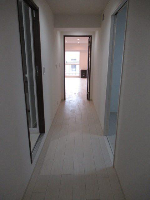 5施工後居室2廊下2